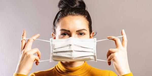 Covid-19 et masque : impacts sur la peau et solutions
